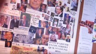 """""""Muro dos idiotas"""" mostra imagens de políticos de direita"""