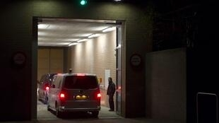 A convoy carrying Laurent Gbagbo arrives at Scheveningen prison in The Netherlands
