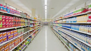 French supermarkets must now donate unsold edible foods