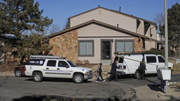 Casa onde um homem matou três reféns em Aurora, no Colorado, antes de ser morto pela polícia.