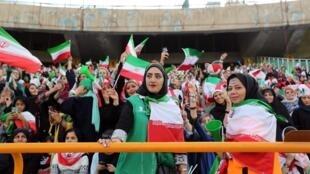 Les supportrices iraniennes dans les gradins du stade Azadi de Téhéran, le 10 octobre 2019.