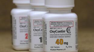 L'OxyContin et d'autres opiacés contre la douleur ont été surprescrits par le milieu médical américain pendant des années, entraînant une dépendance croissante.