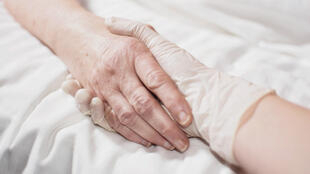 Para usar o medicamento de forma legal, os clínicos-gerais deverão seguir um protocolo em parceria com uma equipe hospitalar.