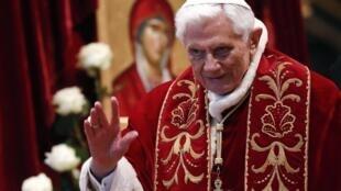 O Papa Bento XVI, no passado dia 9 de Fevereiro .