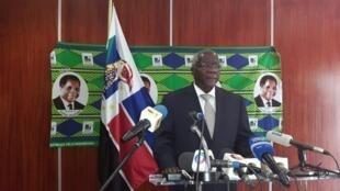 Afonso Dhlakama, líder da Renamo, durante a conferência de imprensa que deu hoje em Maputo