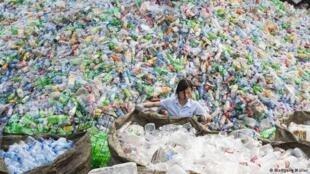 中國叫停垃圾進口