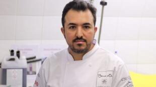 O chef Victor Vasconcellos é treinador da cozinheira alagoana Giovanna Grossi, que representa o Brasil na final do Bocuse d'Or 2017.