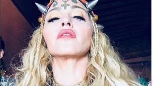 """""""BerberQueen"""", ou """"Rainha Berbere"""", escreveu a estrela em seu Instagram, direto de Marrakesh, no Marrocos, no dia de seu aniversário de 60 anos, em 16 de agosto de 2018."""