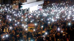 香港民陣公布七一遊行參與人數為55萬人。