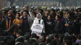Một cuộc biểu tình đòi công lý cho phụ nữ tại New Delhi ngày 27/12/2012.