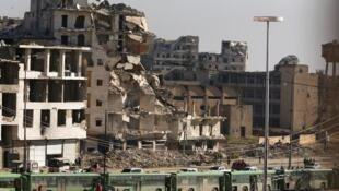 Aleppo destruída pelos bombardeios