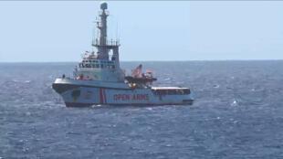 Tàu nhân đạo Open Arms của tổ chức phi chính phủ Tây Ban Nha Proactiva, ngoài khơi đảo Lampedusa, ngày 15/08/2019.