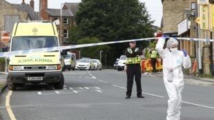 Local onde a deputada trabalhista Jo Cox foi atacada, em Birstall, norte da Inglaterra.