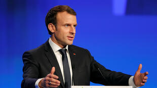 图为法国总统马克龙2017年11月23日于法国市长100届年会开幕式上