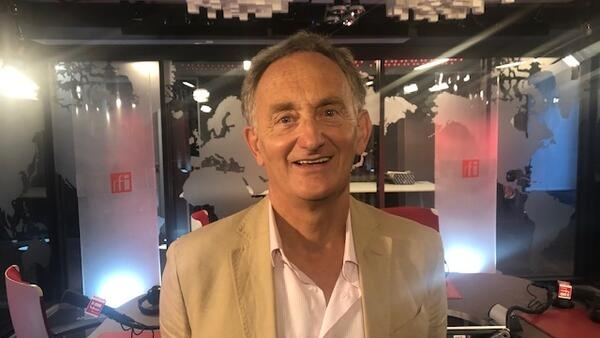 O editor geral da revista Jean-Marc Bouville