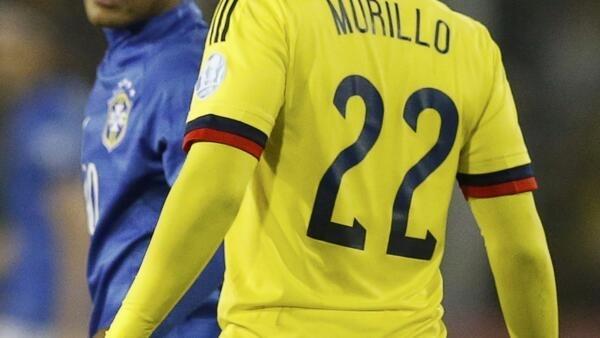 Neymar ameaçou dar uma cabeçada em Jeison Murillo.