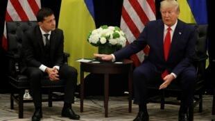 Volodymyr Zelenskiy et Donald Trump en conférence de presse à New York, le 25 septembre 2019, en marge de l'assemblée générale de l'ONU.