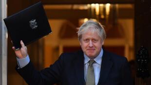 Le Premier ministre britannique Boris Johnson au 10 Downing Street, après son discours de victoire aux élections générales, le 13 décembre 2019.