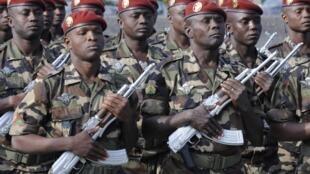 Le Niger envoie au Mali un bataillon de 500 hommes.