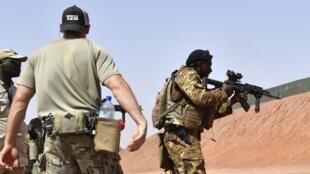 Exercice de l'armée américaine dans le Sahel avec des soldats africains.