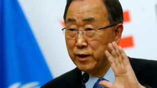 Ban Ki-moon en conférence de presse en Autriche, à Vienne, le 26 avril 2016.