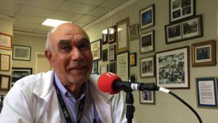 Le Dr Jean William Pape dans son bureau au Centre Gheskio à Port-au-Prince, Haïti.