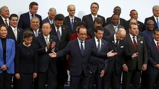 Foto de família dos chefes de Estado e de governo presentes na COP 21, em  30 de novembro de 2015.