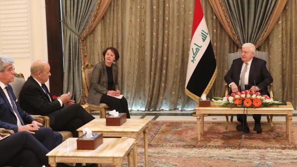 法國外長勒德里昂則周一到訪巴格達與伊拉克高層商討重建問題