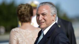 A presidente Dilma Rousseff entrega o poder a Michel Temer nesta quinta-feira.
