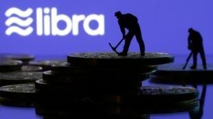 La France met le holà à la libra, le projet de monnaie virtuelle de Facebook.