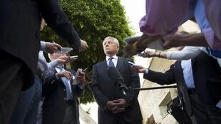 Chuck Hagel conversa com jornalistas depois de se encontrar com o presidente egípcio Mohamed Morsi, nesta quarta-feira