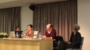 """Conferência """"cinema no continente africano em língua portuguesa"""" na Fundação Calouste Gulbenkian, em Paris."""
