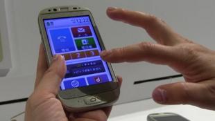 The Raku-Raku smartphone