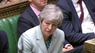 លោកស្រី Theresa May នាយករដ្ឋមន្ត្រីអង់គ្លេស នៅចំពោះមុខសភា ថ្ងៃទី ២៥ មីនា ២០១៩