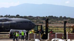 L'aide humanitaire pour le Venezuela déchargée à l'aéroport de Cucuta, en Colombie, le 16 février 2019.
