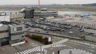 O ataque a um carregamento de diamantes ocorreu em plena pista do aeroporto de Bruxelas na noite desta segunda-feira, 18 de fevereiro de 2013.
