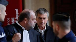 Jérôme Cahuzac aux côté de son avocat Eric Dupont-Moretti au tribunal de Paris le 12 février 2018.