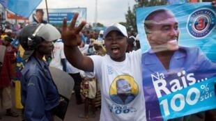 A supporter of Joseph Kabila