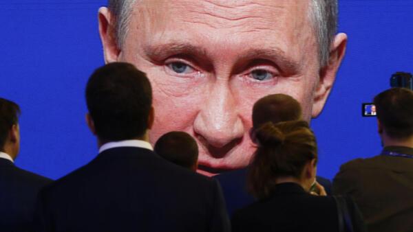Самые громкие аресты не могут пройти без одобрения Путина, но остальные случаи объясняются «подковерной» борьбой.