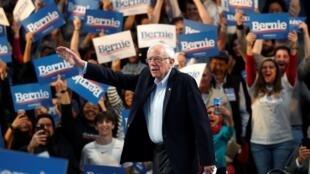 Le candidat à la primaire démocrate Bernie Sanders le 23 février 2020 lors de son meeting à Houston au Texas.