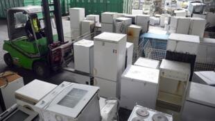 Rác máy gia dụng trữ tại Ploufragan, miền tây nước Pháp. Ảnh tư liệu ngày 21/01/2013.