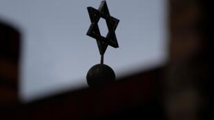 Os judeus da Alemanha estão pedindo proteção.