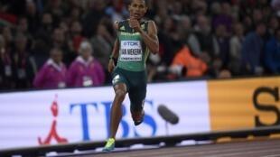 Wayde van Niekerk of South Africa competes won the men's 400 metre final at the 2017 World Athletics Championship.