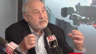 Joseph Eugene Stiglitz en RFI.