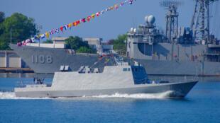 圖為台灣海軍軍艦