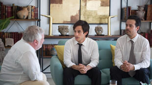Still from the film, Museo (Museum) directed by Alonso Ruizpalacios with Simon Russell Beale (L) Gael Garcial Bernal (C) Leonardo Ortizgris (R)
