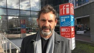 Oscar Camps, fondateur de l'ONG Open Arms, se bat pour continuer le sauvetage des migrants en Méditerranée.