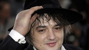 """Pete Doherty poses during a photocall for the film """"Confession of a Child of the Century"""" by director Sylvie Verheyde, 20 May"""