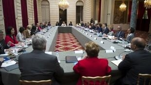 Совещание Франсуа Олланда с министрами в Елисейском дворце, 6 мая 2013