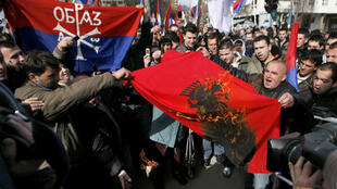 Ethnic Serbs demonstrate in Mitrovica